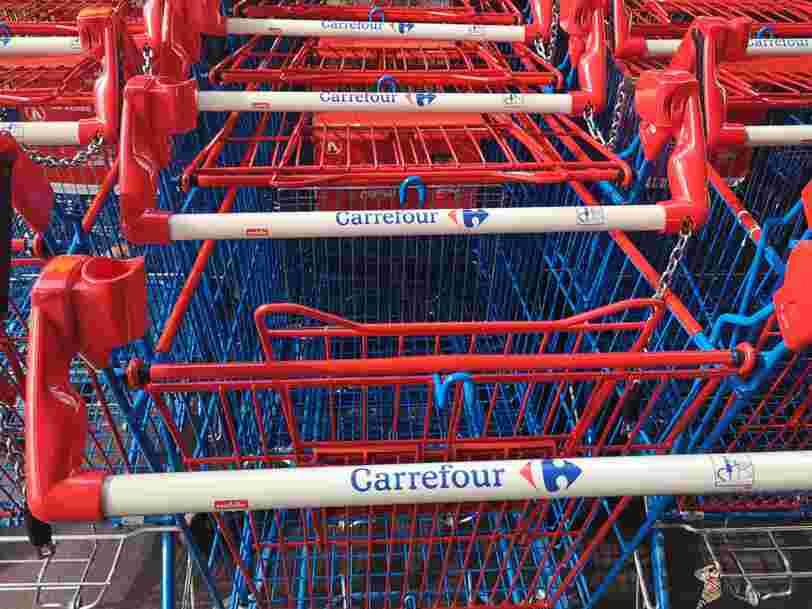 Le groupe Carrefour se relance, Leclerc ralentit sa course en février