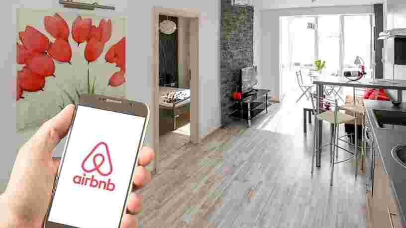 Airbnb veut aussi s'occuper de vos billets d'avion