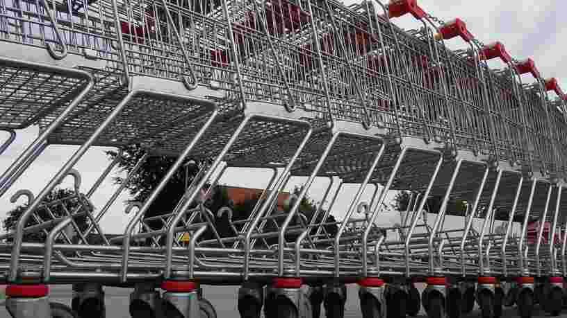 Le gouvernement préparerait un projet de loi pour autoriser l'ouverture des supermarchés après 21h