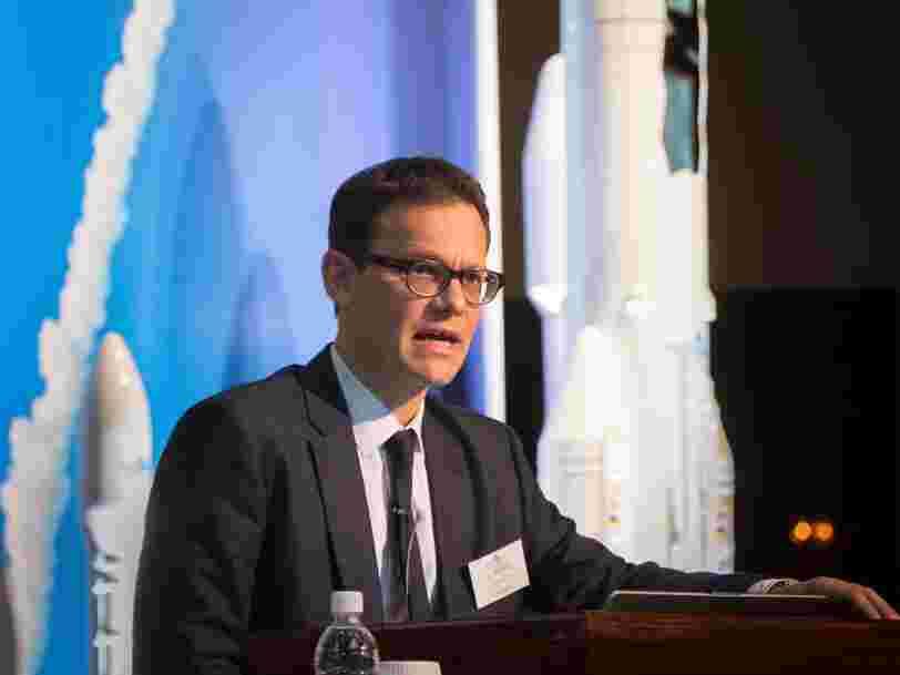 Le patron d'Arianespace estime qu'Elon Musk veut coloniser l'orbite basse avec sa méga-constellation de satellites Starlink