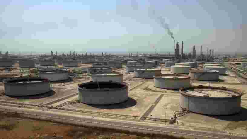 Le géant pétrolier saoudien Aramco devient la plus grosse introduction en Bourse de l'histoire