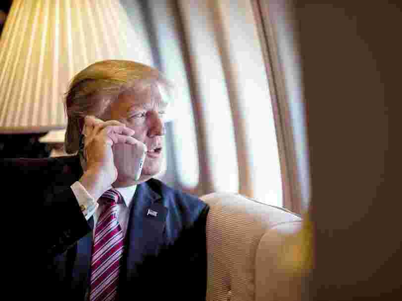 Des experts en cybersécurité expliquent pourquoi les lignes téléphoniques utilisées par Donald Trump sont 'si faciles à pirater'