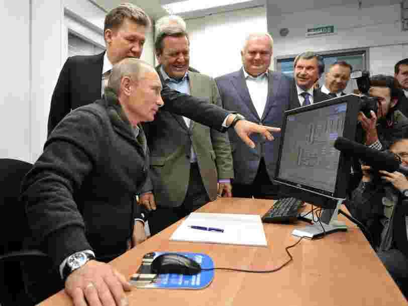 Vladimir Poutine utiliserait une ancienne version de Windows, plus vulnérable au piratage