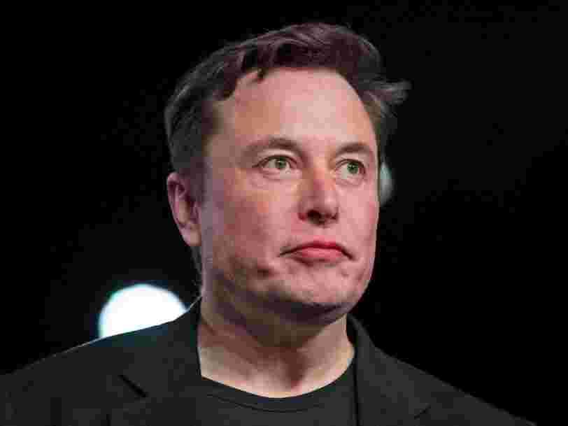 Elon Musk a vérifié sa page Wikipedia et a demandé des modifications