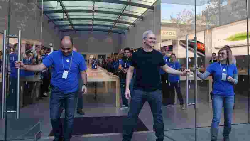 Tim Cook a gagné 200 fois le salaire médian chez Apple l'an dernier