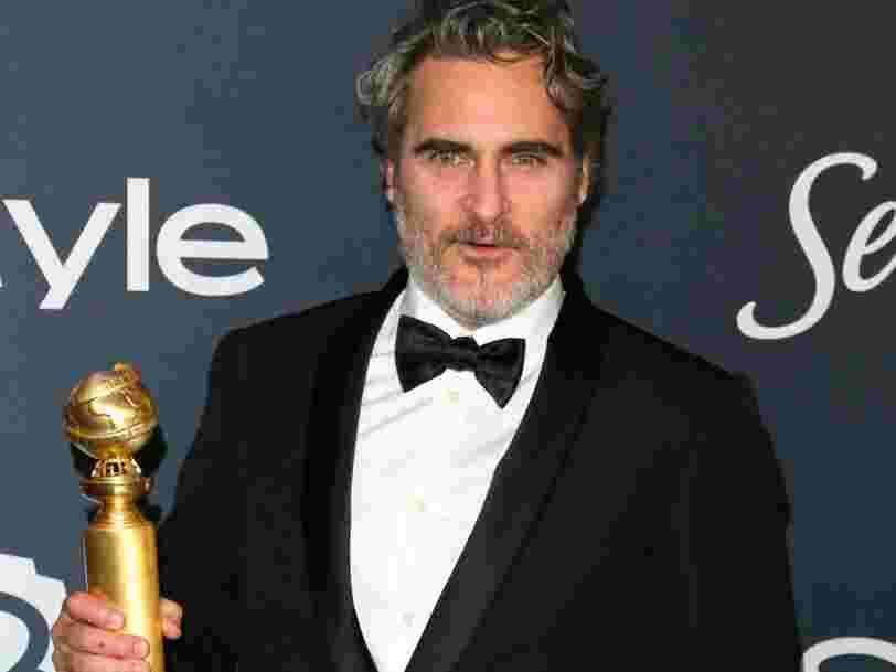 Joaquin Phoenix portera le même smoking à chaque remise de prix cette année pour 'réduire les déchets'