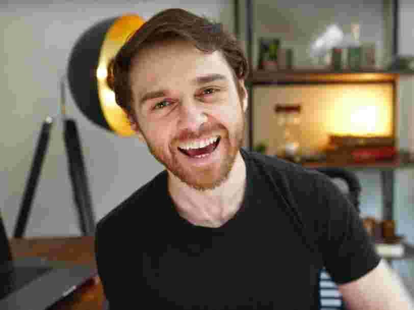 Ce magicien a quitté son job pour réaliser des vidéos sur Youtube, voici comment il a gagné 100 000 $ dès la première année