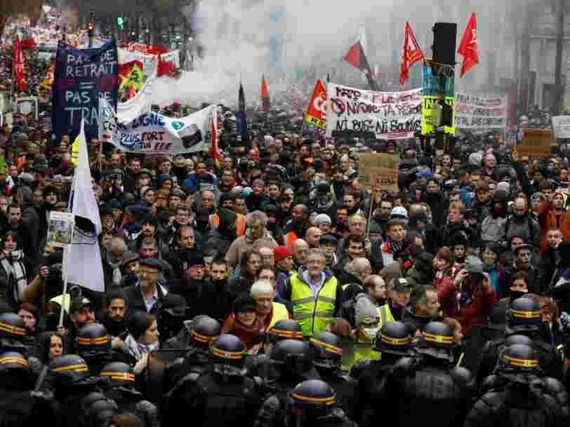 Affectés par les grèves, Casino et Fnac Darty plongent en Bourse