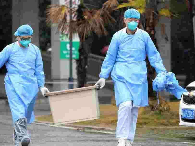 Le virus mortel qui sévit en Chine peut se propager d'homme à homme, ce qui augmente le risque d'une épidémie