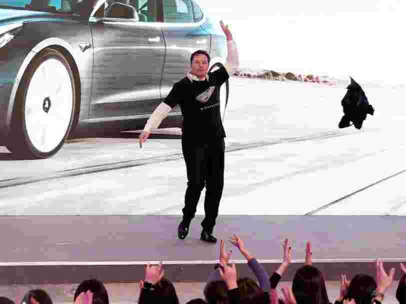 Tesla vaut désormais plus de 100 Mds$ en Bourse, et la hausse devrait continuer selon un analyste
