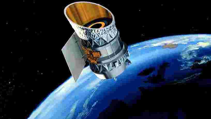 Un vieux télescope de la NASA et un ancien satellite pourraient entrer en collision et créer 290 000 débris spatiaux