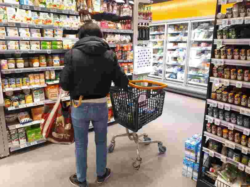 Les prix de centaines de produits alimentaires grimpent dans les hypermarchés — voici pourquoi