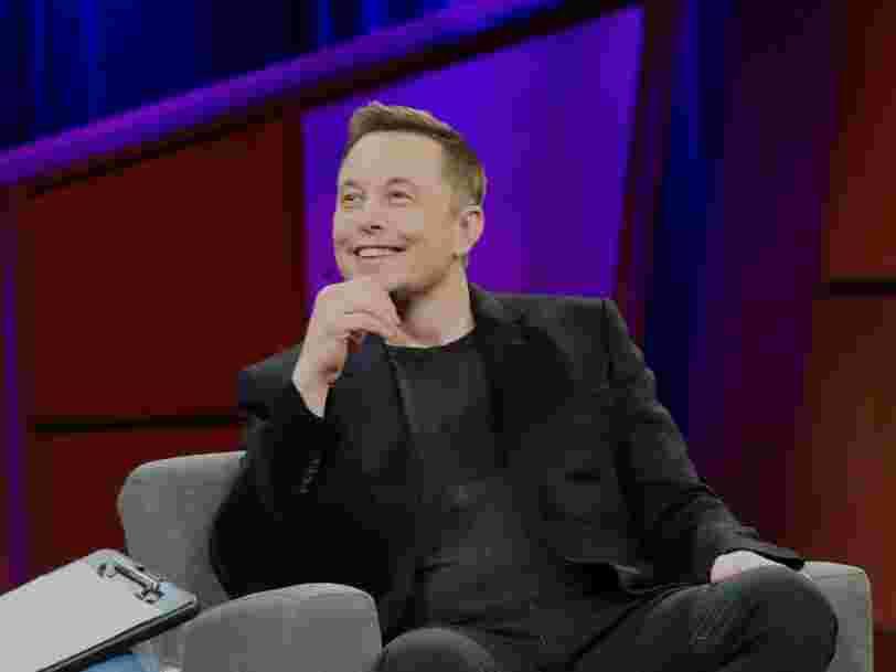SpaceX construit un prototype miniature de son vaisseau censé aller sur Mars — et Elon Musk dit qu'il pourrait être lancé d'ici le mois de mars