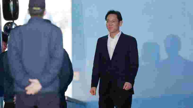 La justice sud-coréenne ordonne la libération de l'ex-VP de Samsung, condamné pour corruption après 1 an de détention