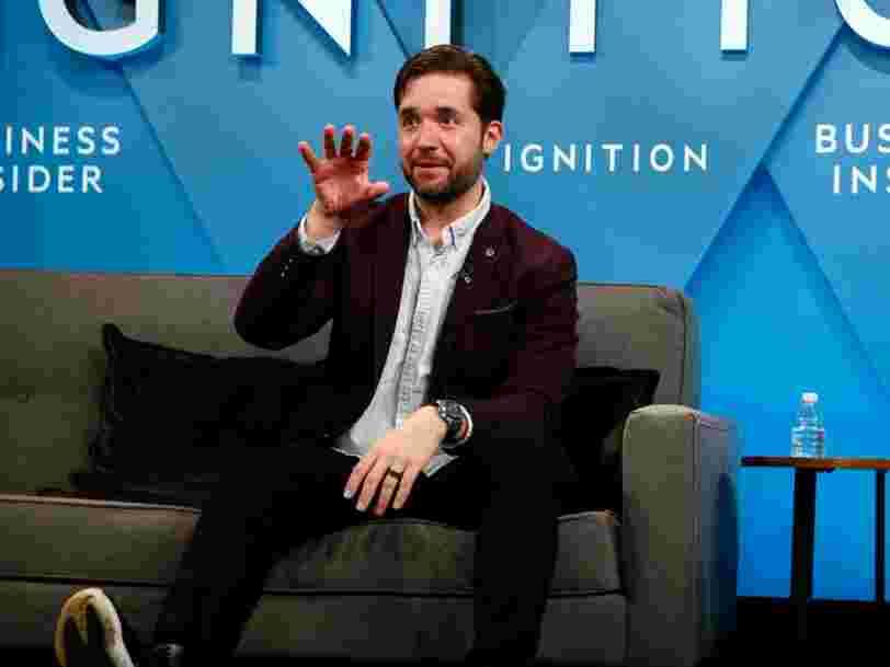Le cofondateur de Reddit, Alexis Ohanian, lance un avertissement inquiétant pour Facebook: 'Nous avons atteint un pic social'