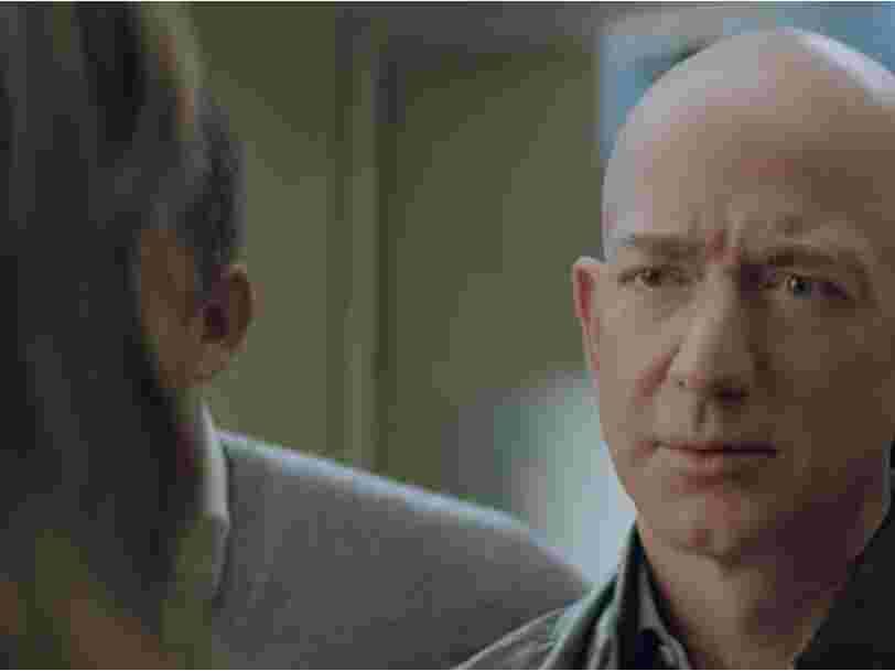 Jeff Bezos est la star d'une pub diffusée pendant le Super Bowl dans laquelle Alexa perd sa voix