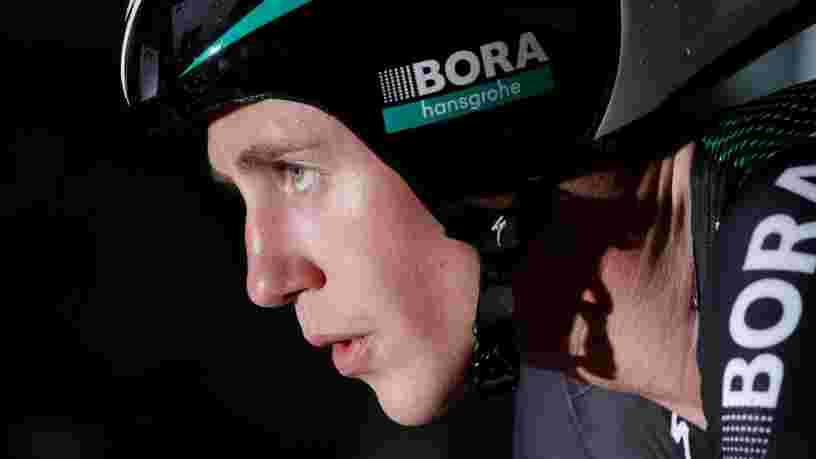 Un coureur du Tour de France partage des photos effrayantes de l'état de ses jambes à quelques jours de l'arrivée