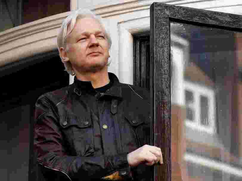 Plus de 10.000 messages privés ont fuité du compte Twitter de Julian Assange — voici ce que le fondateur de Wikileaks pense de Hillary Clinton, la Russie et Chelsea Manning