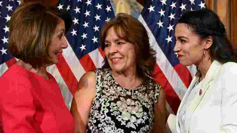 Un sondage montre qu'Alexandria Ocasio-Cortez n'est pas appréciée des électeurs centristes américains