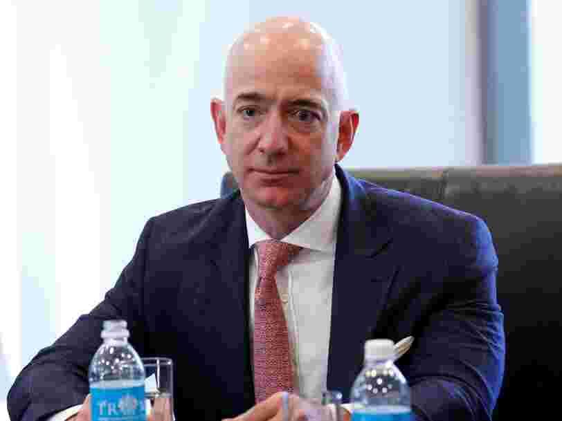 Voici ce que Jeff Bezos a dit à Donald Trump lors de leur premier face-à-face après des mois d'animosité