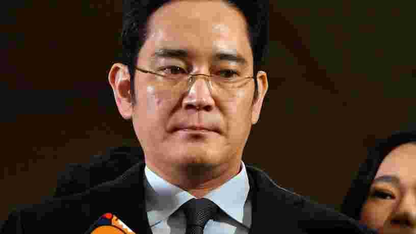 La justice coréenne a lancé un nouveau mandat d'arrêt contre le patron de Samsung pour corruption et détournement de fonds
