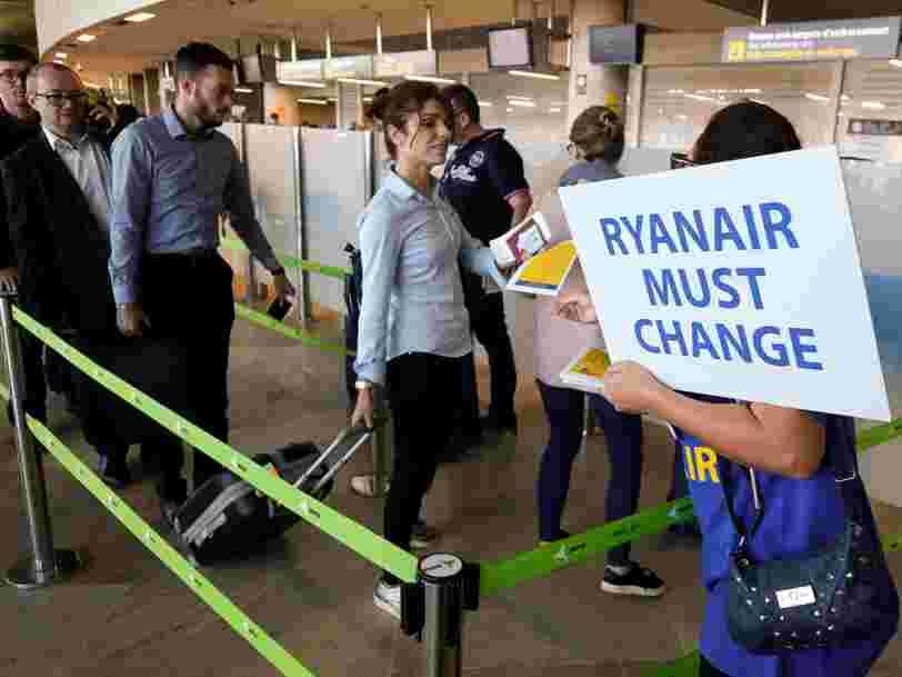 Ryanair fait chuter l'ensemble du secteur aérien européen en Bourse après un avertissement sur ses résultats en raison des grèves