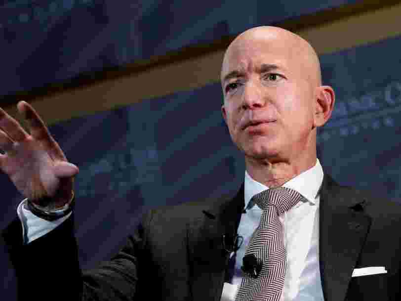 Amazon a fait installer des cloisons pare-balles dans le bureau de Jeff Bezos