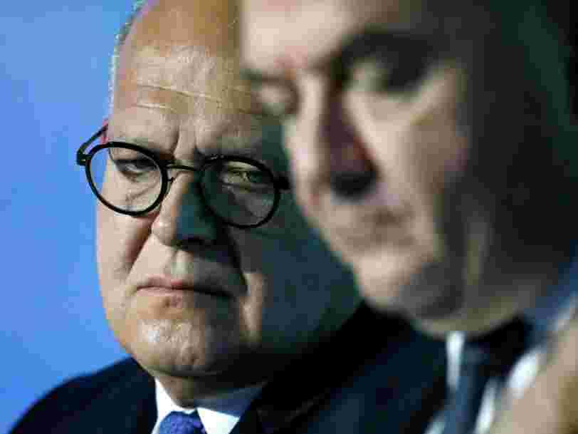 Société générale emboîte le pas à HSBC — elle rapatriera des salariés de Londres à Paris en cas de Brexit dur
