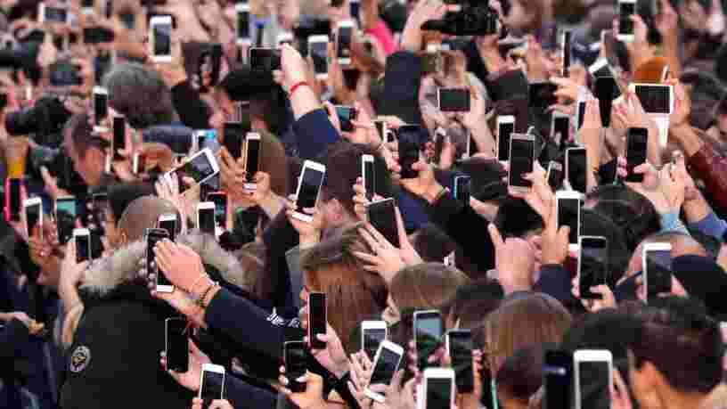 Notre obsession du smartphone ressemble beaucoup à l'épidémie d'obésité, d'après une psychologue de MIT