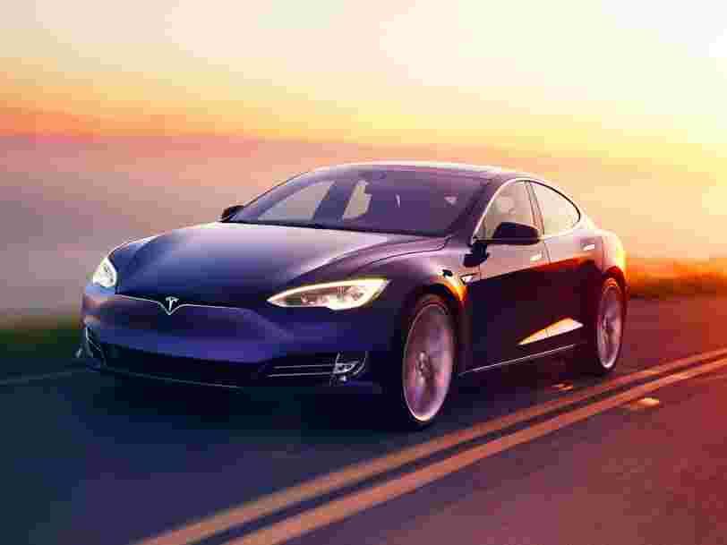 Elon Musk: une Tesla sans chauffeur ira de Los Angeles à New York d'ici fin 2017