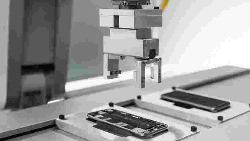 Apple a des robots pour détruire les iPhones en Europe et en Californie