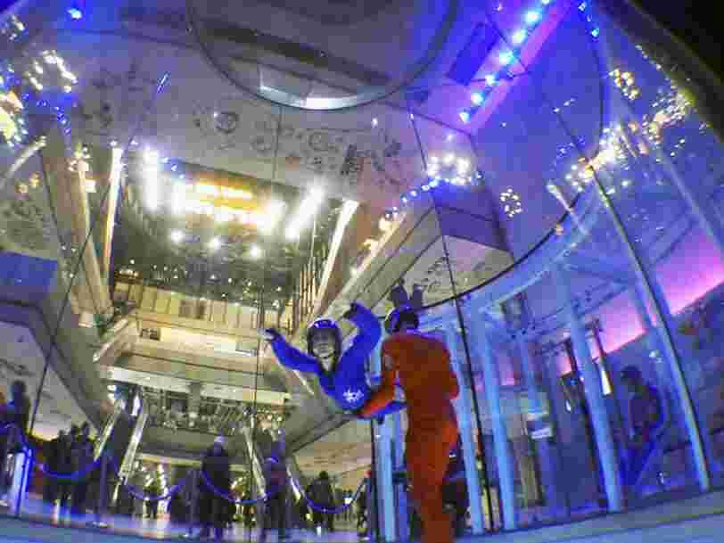 J'ai testé la chute libre indoor dans un centre commercial parisien et j'ai appris comment bouger autrement dans l'espace