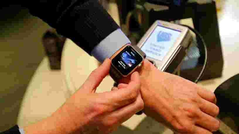 Theresa May aurait banni les Apple Watches des réunions ministérielles par peur de hackers russes