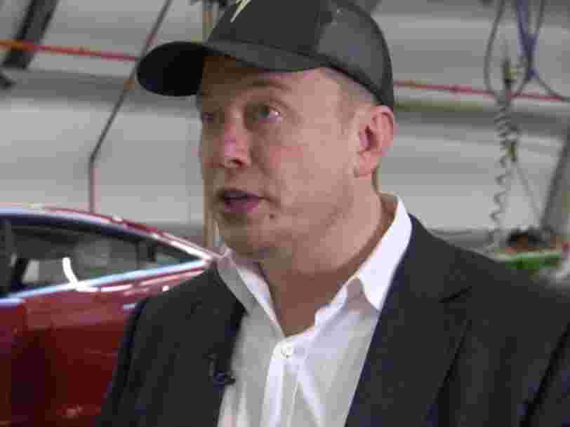Elon Musk sur ses objectifs ratés de production de la Model 3: 'Je n'ai jamais fabriqué de voiture de série. Comment suis-je censé savoir avec précision quand ça va se faire?'