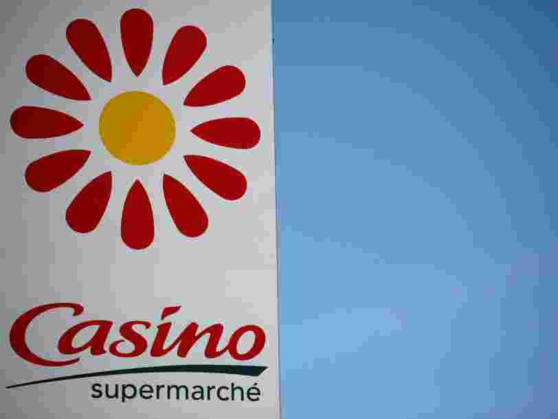 Casino dit avoir été approché par Carrefour, qui dément