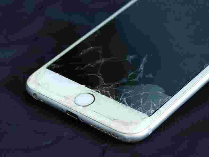 Il y a un lien entre les réparations d'écran iPhone et le cycle de renouvellement de 2 ans d'Apple