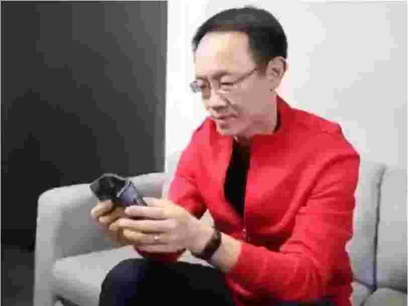 Xiaomi, 'l'Apple chinois', dévoile un téléphone pliable 2 mois après Samsung