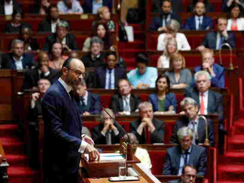 Le gouvernement est pressé de changer le code du travail — le Parlement se prépare à le laisser s'échapper