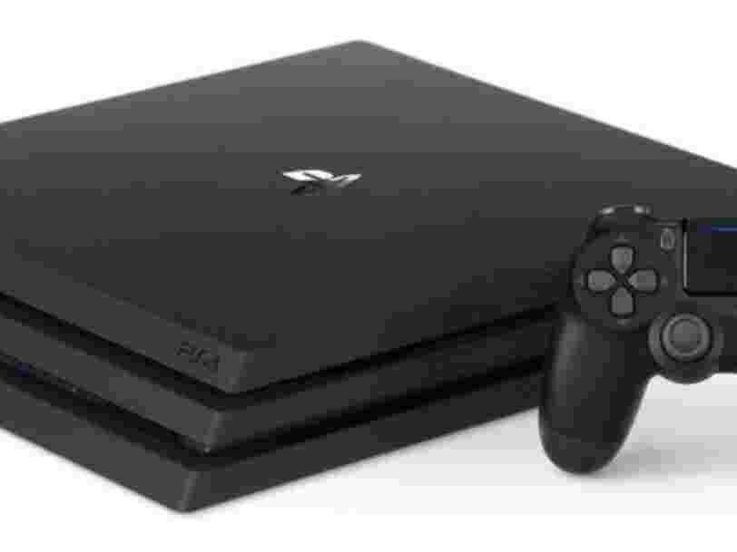 Sony refuse de laisser les joueurs de 'Fortnite' sur PS4 jouer avec d'autres plateformes: 'notre manière de penser est toujours que PlayStation est le meilleur endroit pour jouer'