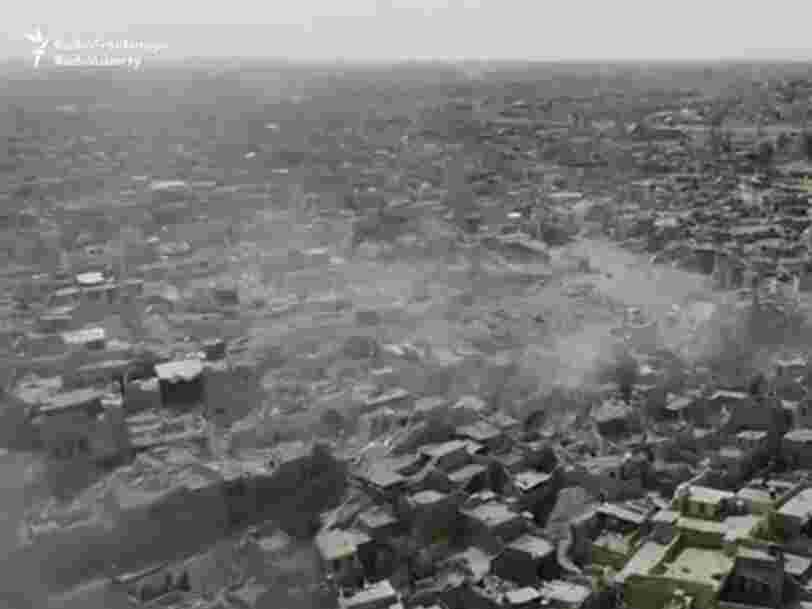 Des images dramatiques prises par un drone montrent à quoi ressemble Mossoul après 3 ans d'occupation par Daech