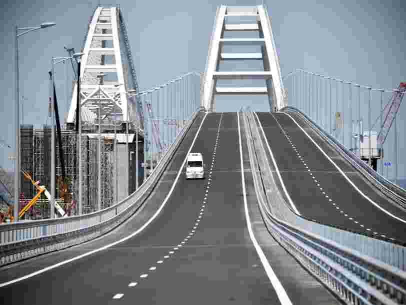 Vladimir Poutine vient d'inaugurer un pont à 3Mds€ pour relier la Crimée à la Russie — voici à quoi il ressemble