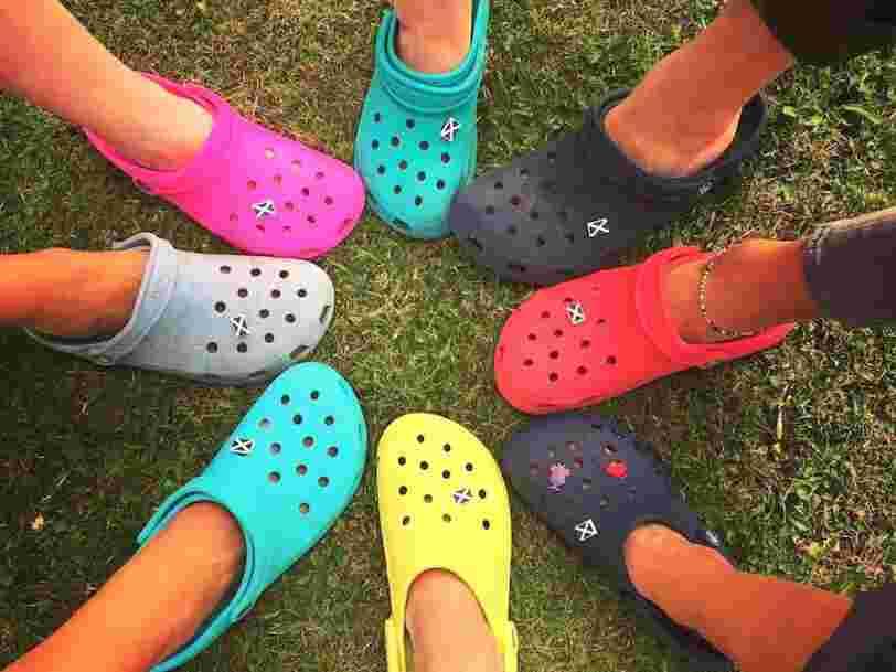 La popularité des Crocs décolle chez les ados alors que la mode du moche s'impose