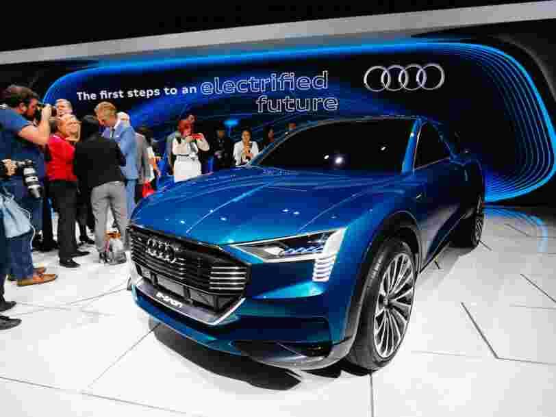 Audi trolle Tesla dans sa dernière campagne publicitaire à Berlin