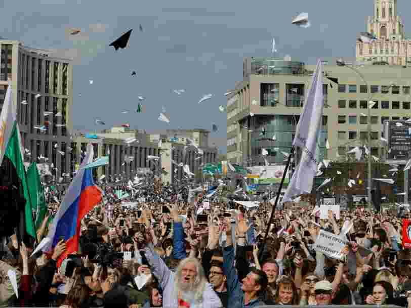 Des milliers de personnes manifestent à Moscou pour défendre l'application Telegram