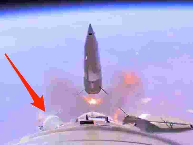 Une fusée Soyouz qui devait amener 2 astronautes sur l'ISS a eu une défaillance et ce lancement raté a été enregistré en vidéo — voici ce qu'elle montre
