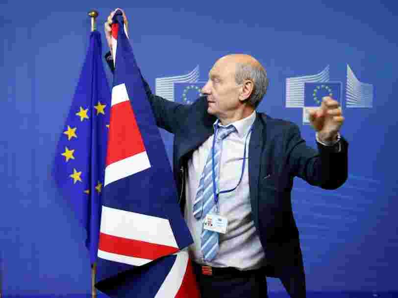 Les bourses de Paris et Francfort mettent la pression sur l'Europe pour retirer à Londres une activité financière cruciale