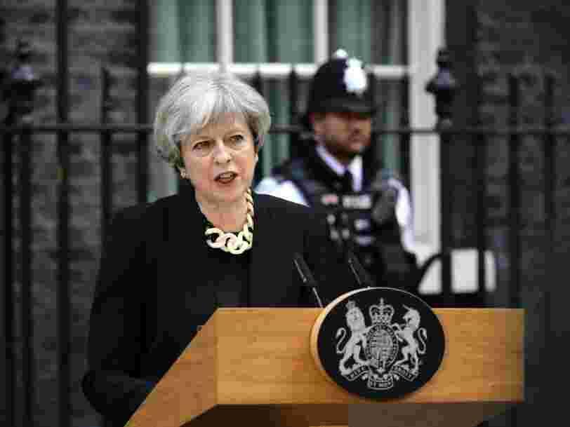 Theresa May cible les sociétés internet dans son premier discours après l'attaque de Londres qui a fait 7 morts