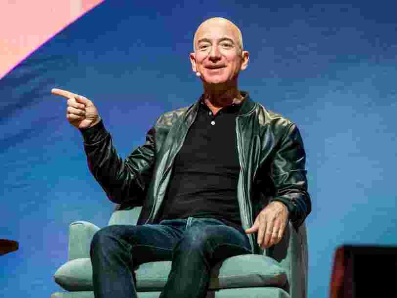 Jeff Bezos explique pourquoi il pense que dormir 8 heures est clé pour prendre des décisions importantes au travail