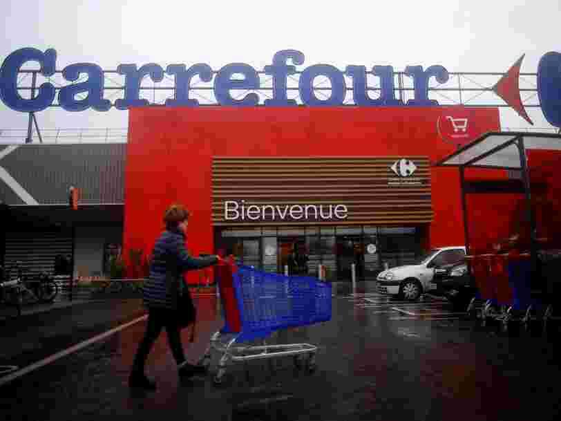 Carrefour séduit les investisseurs après l'annonce d'un vaste plan d'économies qui passe par la suppression de 2400 emplois en France