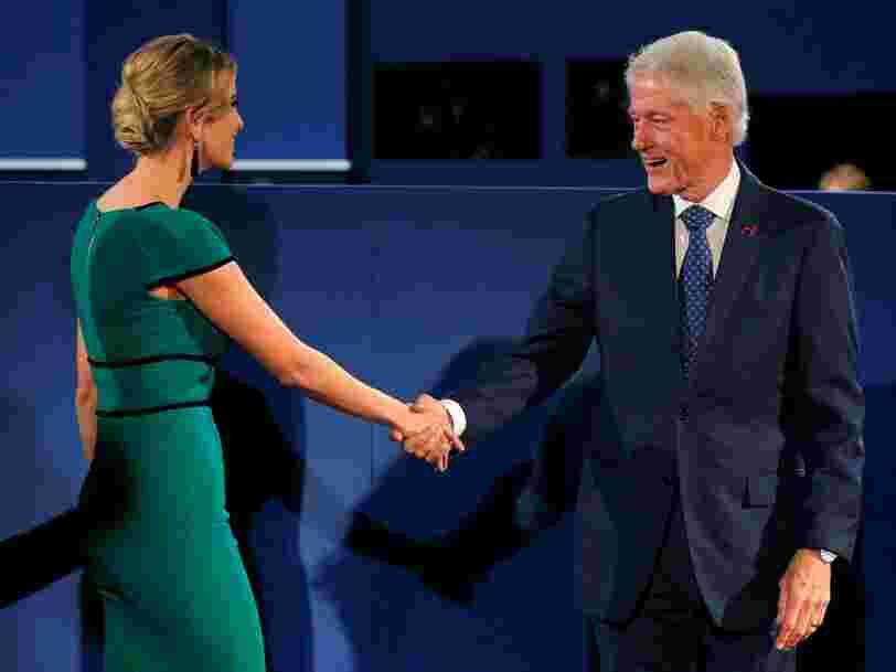 L'équipe d'Hillary Clinton aurait demandé un changement majeur pour le dernier débat de la présidentielle — et c'est à cause de Donald Trump